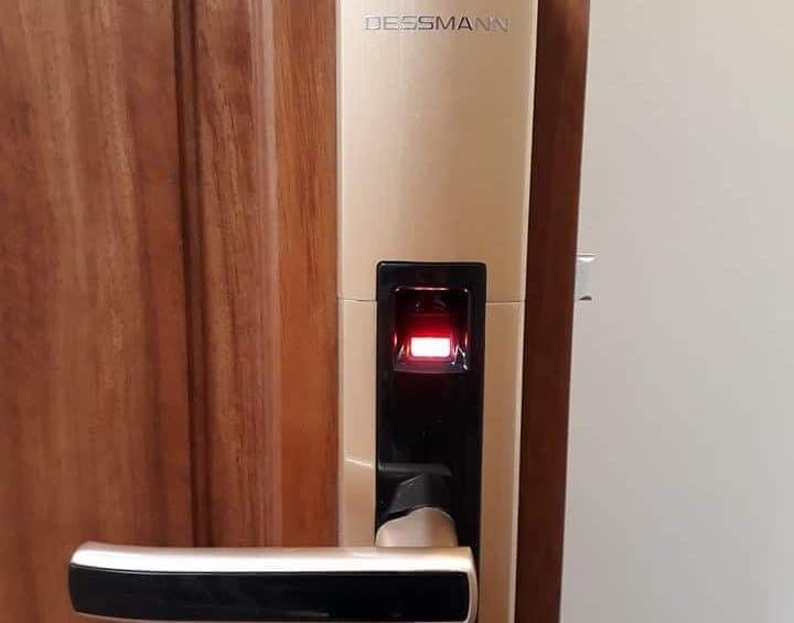 Khoa van tay Dessmann S510