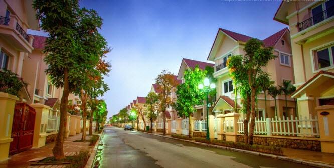 Biet-thu-hoa-phuong-vinhomes-riverside